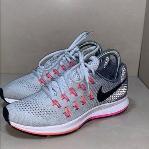 Nike Zoom Pegasus 33 Size 7
